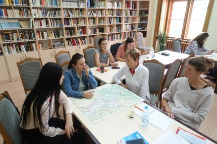 Trinational teams are discussing the drafts of their media projects in the border region of Ukraine and Moldova